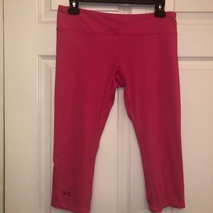 Under armour fitted heat gear capri